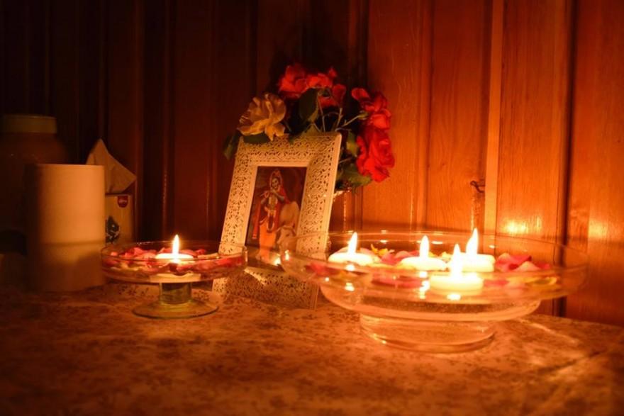 Medytacja w blasku świec