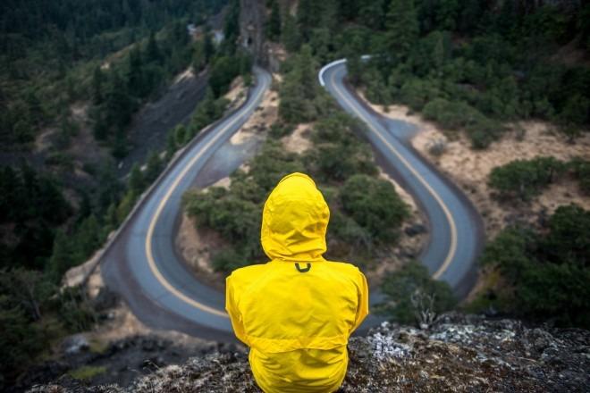 Życie na zakręcie - jak poradzić sobie z życiowymi problemami